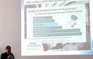 Stephan Daubitz gibt eine Einführung in das Projekt MobileInclusion